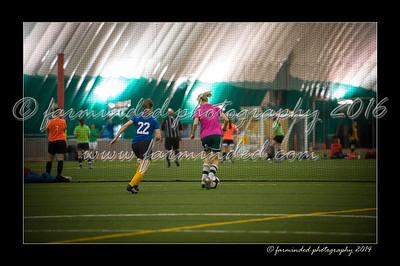 DSC_4223-12x18-09_2014-Soccer-W