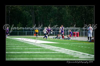 DSC_4486-12x18-06_2014-Soccer-W