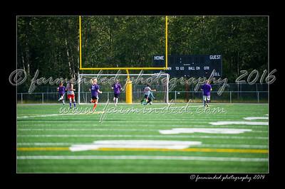 DSC_4419-12x18-06_2014-Soccer-W