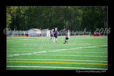 DSC_4380-12x18-06_2014-Soccer-W
