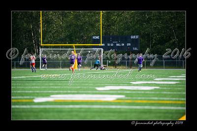 DSC_4426-12x18-06_2014-Soccer-W