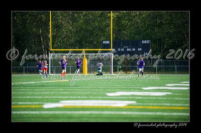 DSC_4420-12x18-06_2014-Soccer-W