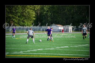DSC_4391-12x18-06_2014-Soccer-W