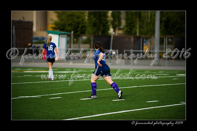 DSC_6388-12x18-06_2014-Soccer-W