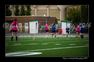 DSC_6306-12x18-06_2014-Soccer-W