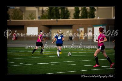 DSC_6404-12x18-06_2014-Soccer-W