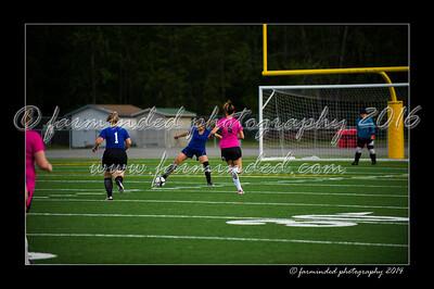 DSC_6422-12x18-06_2014-Soccer-W