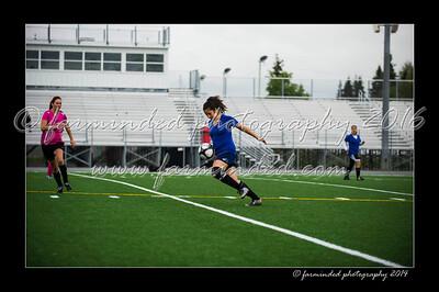 DSC_6322-12x18-06_2014-Soccer-W