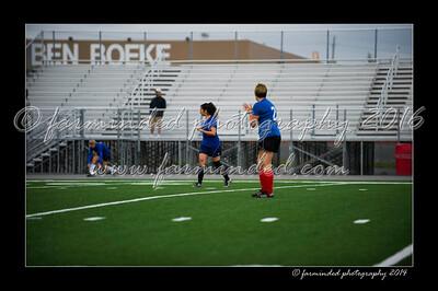 DSC_6311-12x18-06_2014-Soccer-W