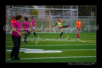 DSC_5625-12x18-06_2014-Soccer-W