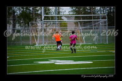 DSC_5642-12x18-06_2014-Soccer-W