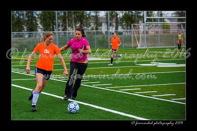 DSC_5548-12x18-06_2014-Soccer-W