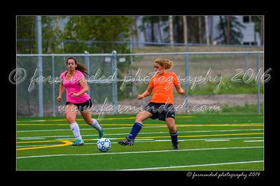 DSC_5627-12x18-06_2014-Soccer-W