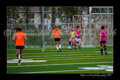 DSC_5522-12x18-06_2014-Soccer-W