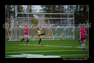 DSC_5596-12x18-06_2014-Soccer-W