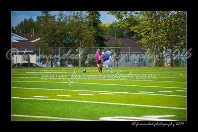 DSC_3387-12x18-06_2014-Soccer-W