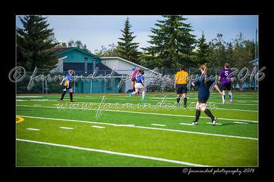 DSC_3402-12x18-06_2014-Soccer-W