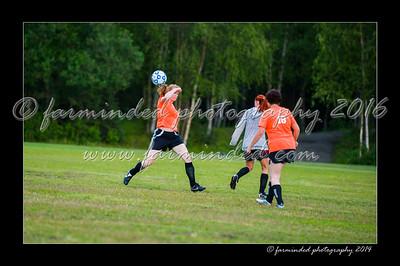 DSC_2454-12x18-06_2014-Soccer-W