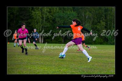 DSC_2412-12x18-06_2014-Soccer-W