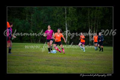 DSC_2444-12x18-06_2014-Soccer-W
