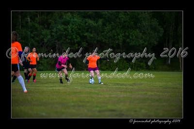 DSC_2391-12x18-06_2014-Soccer-W