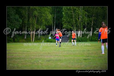 DSC_2378-12x18-06_2014-Soccer-W