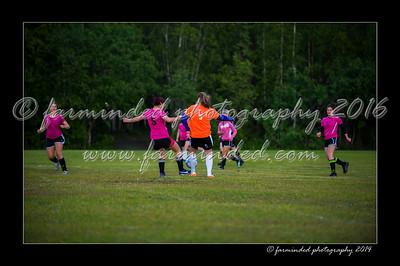 DSC_2394-12x18-06_2014-Soccer-W