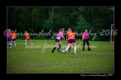 DSC_2426-12x18-06_2014-Soccer-W