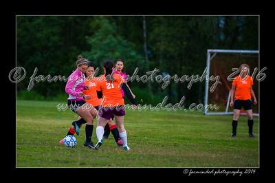 DSC_2427-12x18-06_2014-Soccer-W