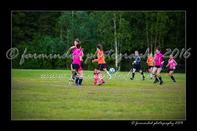 DSC_2448-12x18-06_2014-Soccer-W