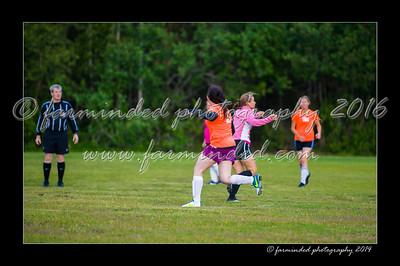 DSC_2360-12x18-06_2014-Soccer-W