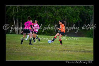 DSC_2441-12x18-06_2014-Soccer-W