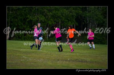 DSC_2333-12x18-06_2014-Soccer-W
