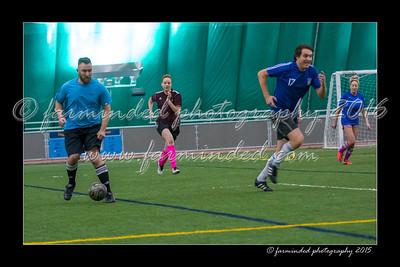 DS7_1516-12x18-03_2015-Soccer-W