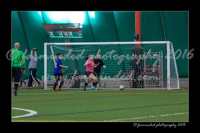 DS7_8232-12x18-03_2015-Soccer-W