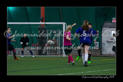 DS7_8266-12x18-03_2015-Soccer-W