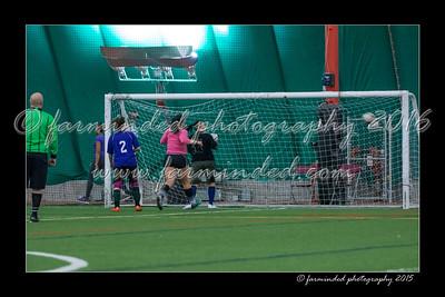 DS7_8227-12x18-03_2015-Soccer-W