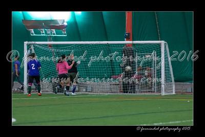 DS7_8228-12x18-03_2015-Soccer-W
