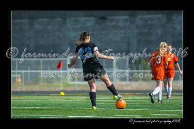 DS7_6039-12x18-05_2015-Soccer-HS-W