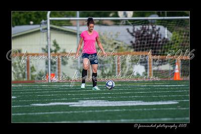 DS7_1227-12x18-06_2015-Soccer-W