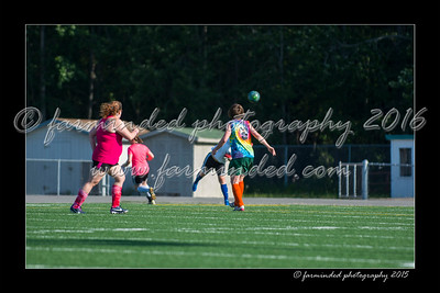 DS7_7710-12x18-06_2015-Soccer-W