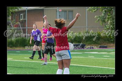 DS7_8966-12x18-07_2015-Soccer-AKGD-W