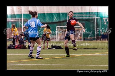 DSC_3540-12x18-02_2016-Soccer-W