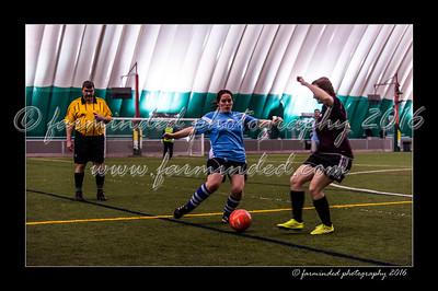 DSC_3520-12x18-02_2016-Soccer-W