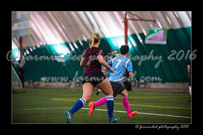 D75_2198-12x18-02_2016-Soccer-W