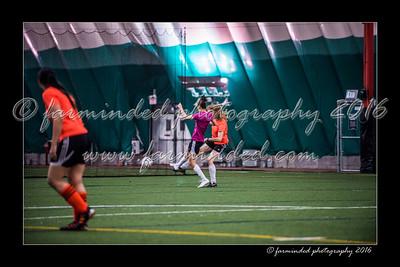 D75_3586-12x18-02_2016-Soccer-W
