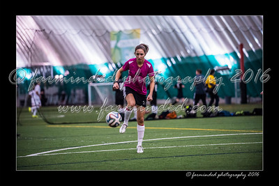 D75_3553-12x18-02_2016-Soccer-W