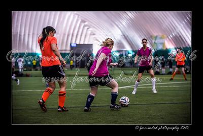 D75_3558-12x18-02_2016-Soccer-W