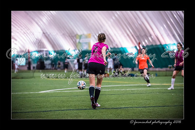 D75_3631-12x18-02_2016-Soccer-W