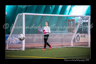 D75_3741-12x18-02_2016-Soccer-W